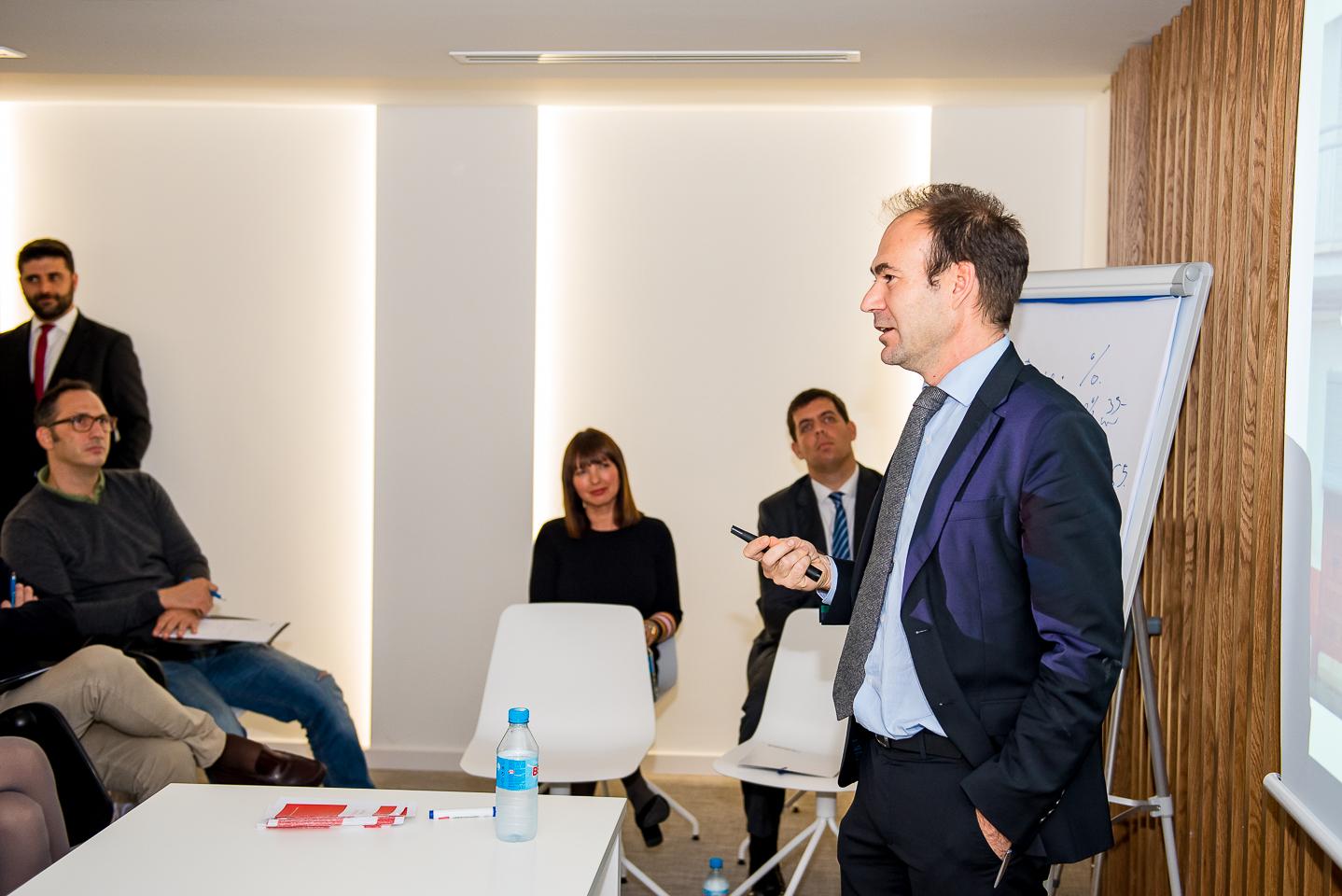 APEFA aborda las claves para optimizar la gestión fiscal de la oficina de farmacia en Alicante 2