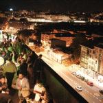 Más de 200 personalidades de Santiago disfrutaron de los fuegos de fin de fiesta del Apóstol desde la terraza del Edificio Paxonal de la mano de Quatrium Inmobiliaria